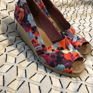 Toms wedges, all the compliments 9